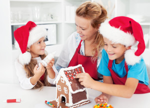 Making-a-gingerbread-cookie with children